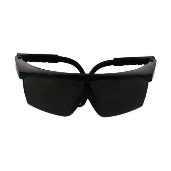 Műanyag napszemüveg – szám 2 – fekete