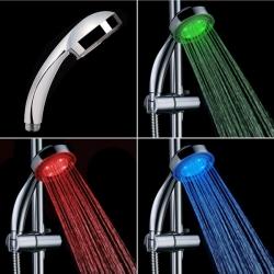 Farebná svietiaca LED sprchová hlavica
